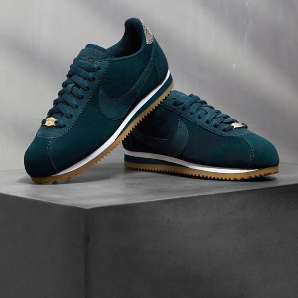 promo code e316b 632b3 NWT Nike Classic Cortez ALC Prem Midnight Spruce W